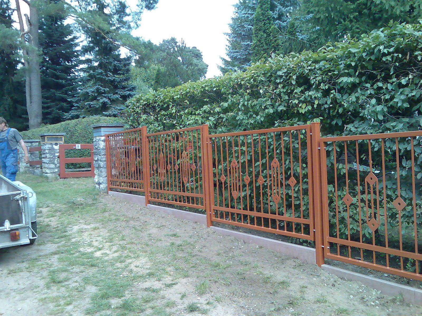Zaun mit Beschichtung