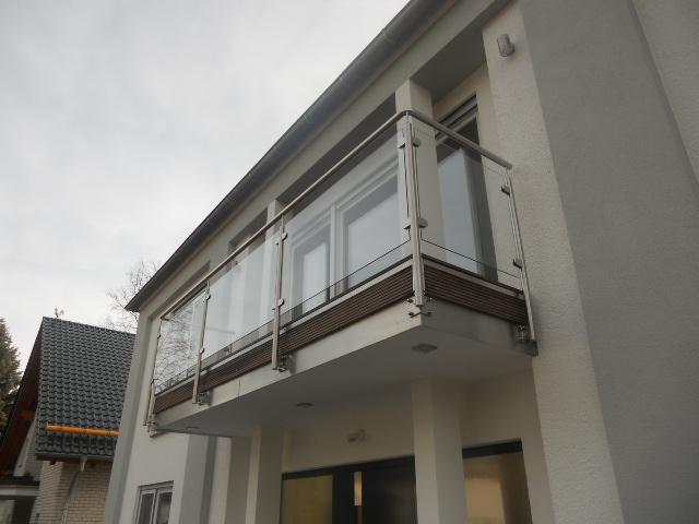 Geländern mit Glasfüllung